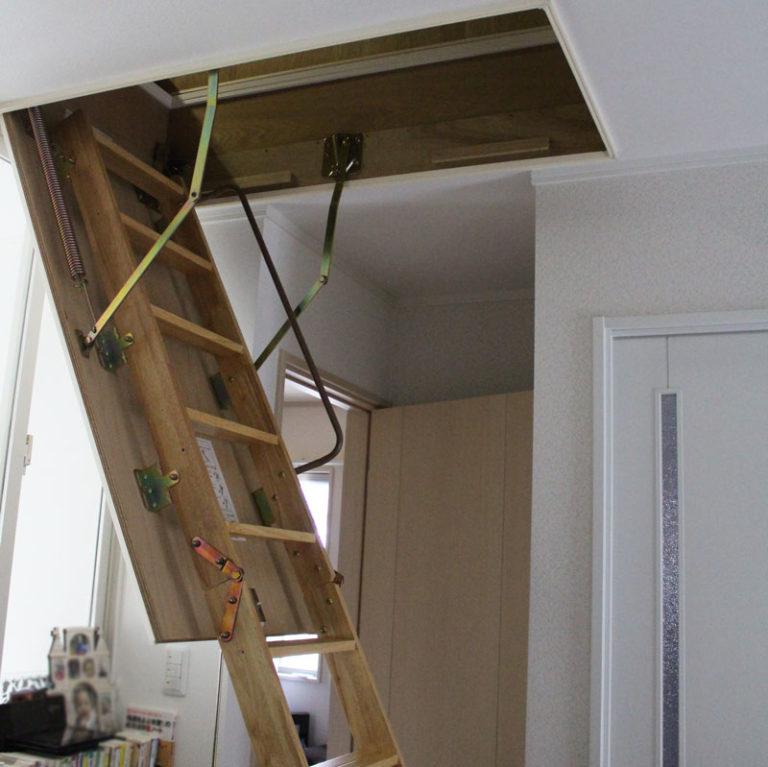 吹き抜けを子供部屋に!4日目~ 屋根裏部屋を壊す