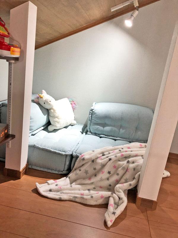 カウチ?ソファ?それともベッド?極小スペースにぴったりのETTE